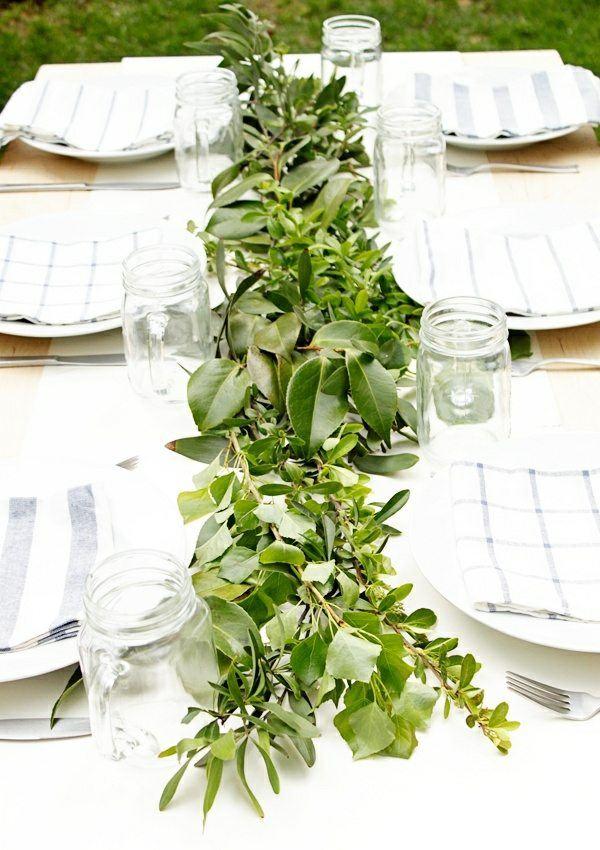 centro mesa ramas verdes hojas