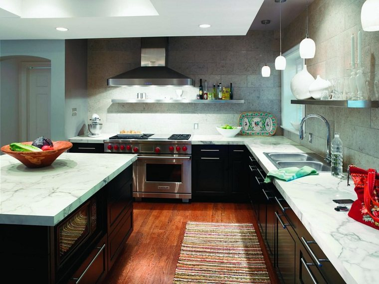 cocina armarios negros encimeras marmol blanco ideas