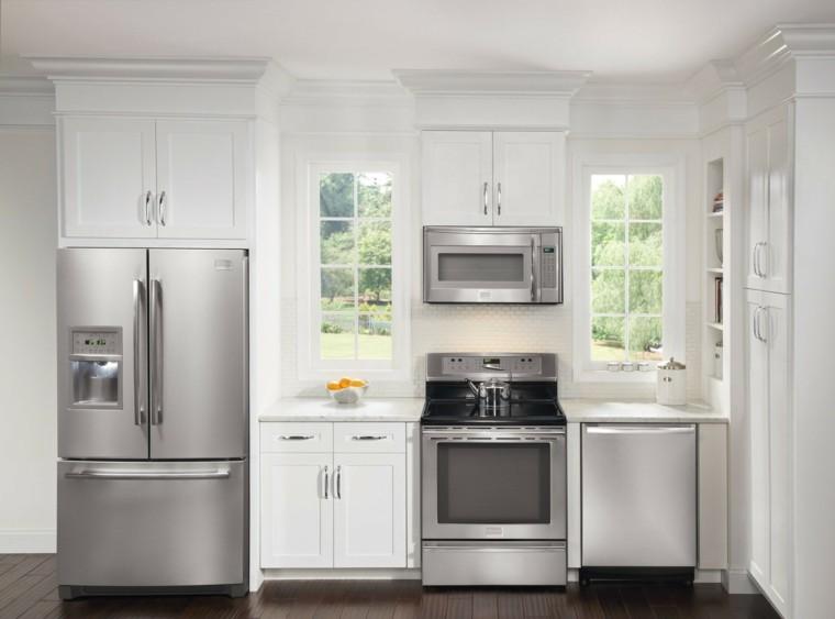 Muebles de cocina lo ltimo en tendencias for Cocina blanca electrodomesticos blancos