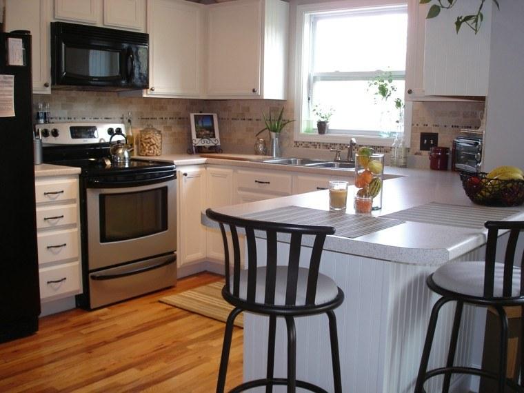 Blanco y madera cincuenta ideas para decorar tu cocina - Como poner baldosas en el suelo ...