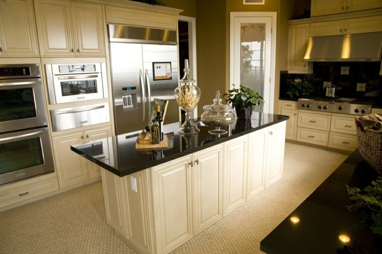 cocinas blancas encimeras negras muebles madera moderna