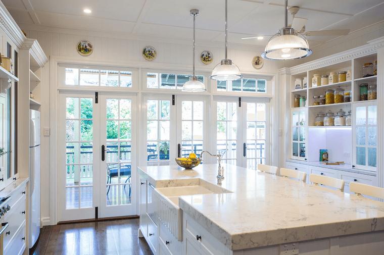 cocinas blancas isla encimera marmol luminosa madera moderna with encimeras de marmol para cocinas