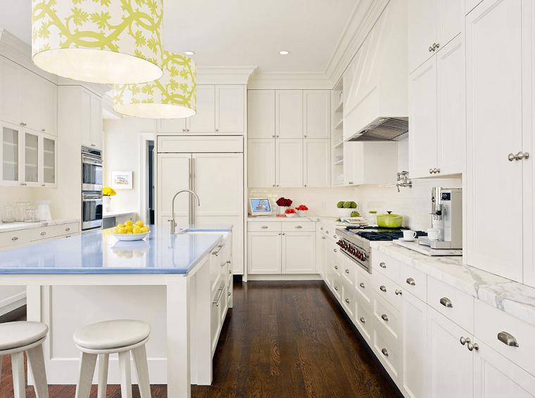 Cocinas blancas con muebles de madera muy modernas - Cocina encimera madera ...