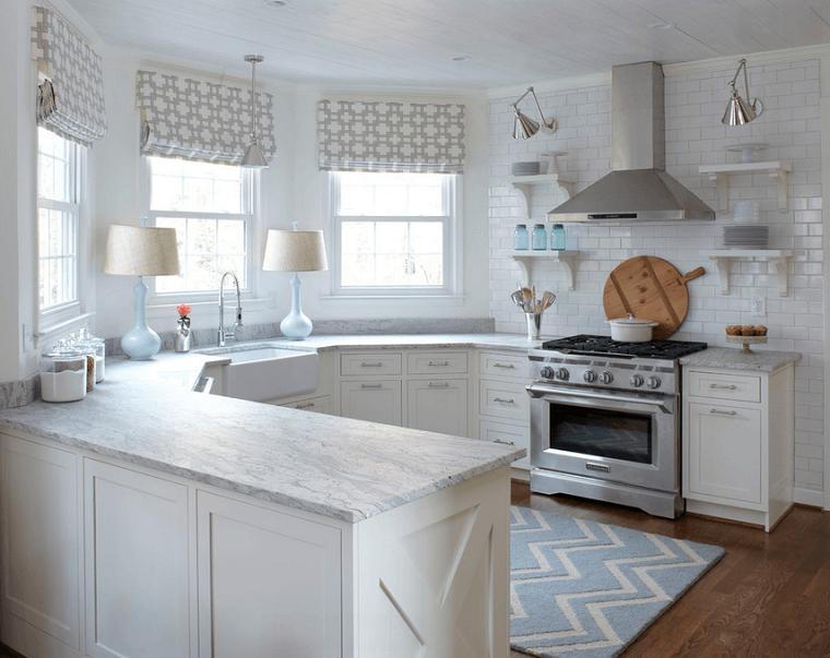 cocinas blancas muebles madera azulejos ventanas moderna
