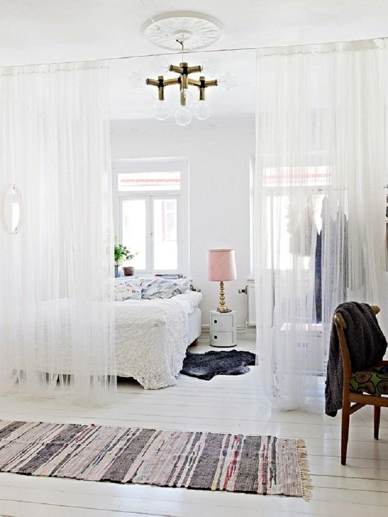 comprar piso pequeno decorar cama cortinas transparentes ideas