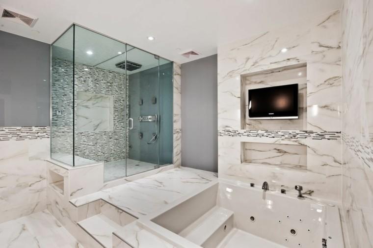 cuartos de bao con marmol cabina ducha escalones