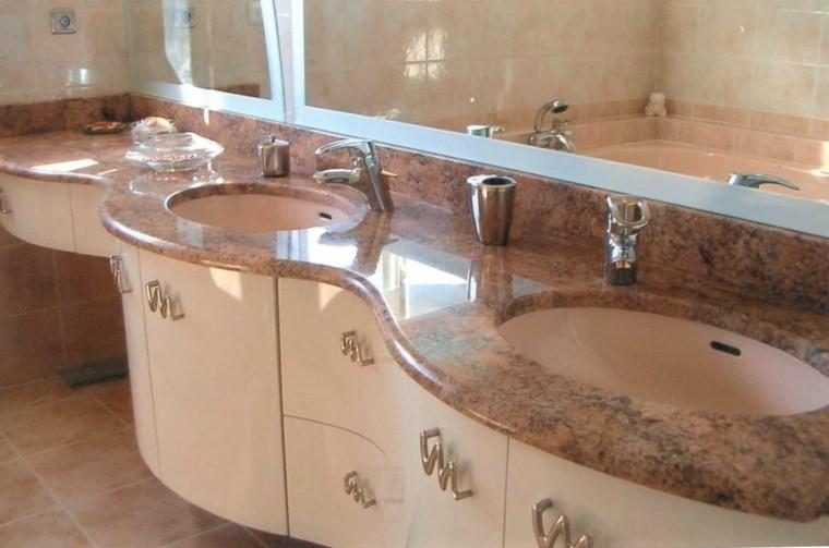 cuartos de bao con marmol lavabo gavetas espejo encimera
