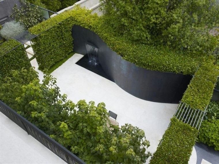 curvado jardin acero cascada estanque
