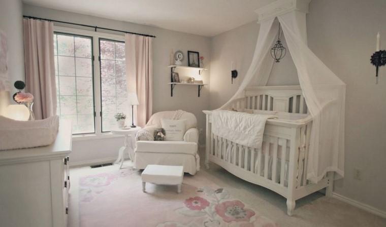 decoracion-cunas-bebe-tradicional-blanco-madera