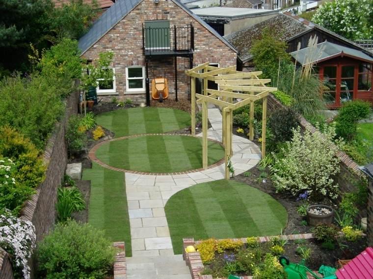 decoración de jardines pergola grande cesped ideas bonitas