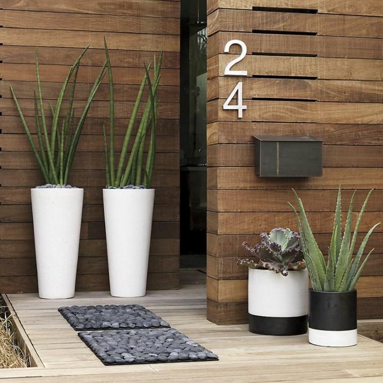 Decoracion personaliza la entrada principal de tu hogar for Casa moderna numero 2