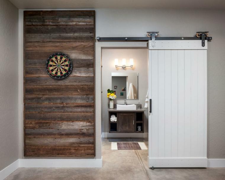 diseño baño puerta corredera blanca