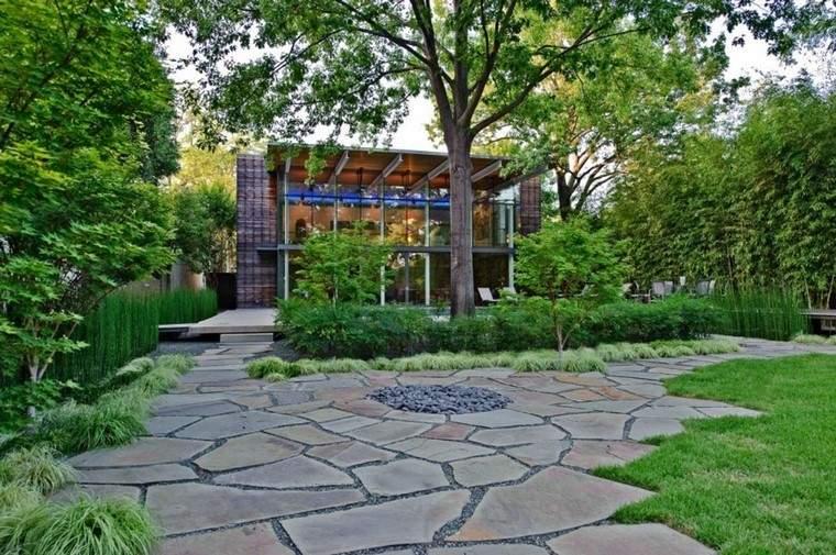 diseño de jardines modernos sendero arbol lajas