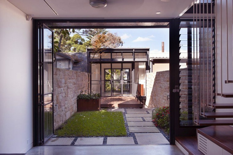 Dise o de jardines peque os y modernos 50 ideas for Terrace house opening new doors