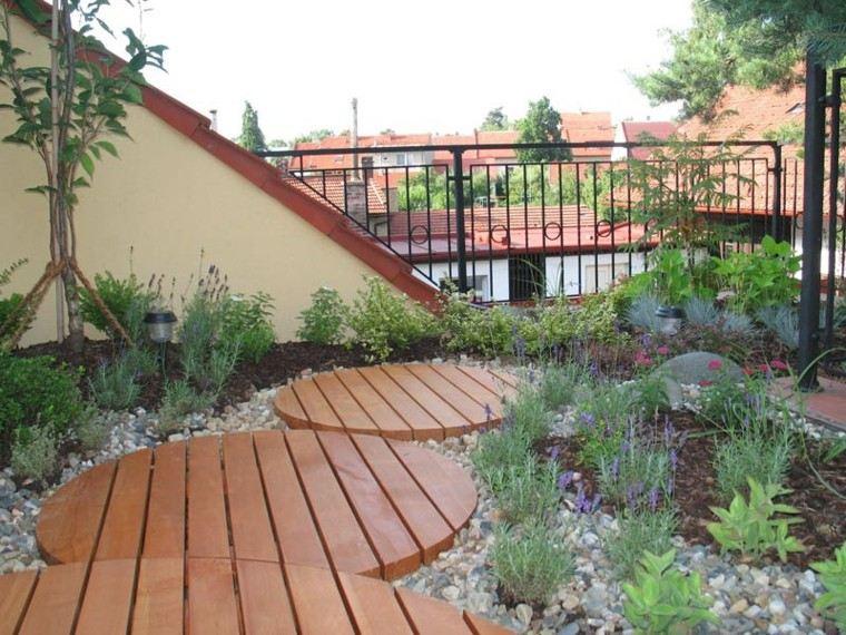 diseño jardin sendero madera sielo