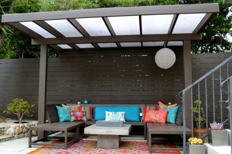 Pergolas de madera para el jard n m s de cincuenta ideas for Patios con techos de madera