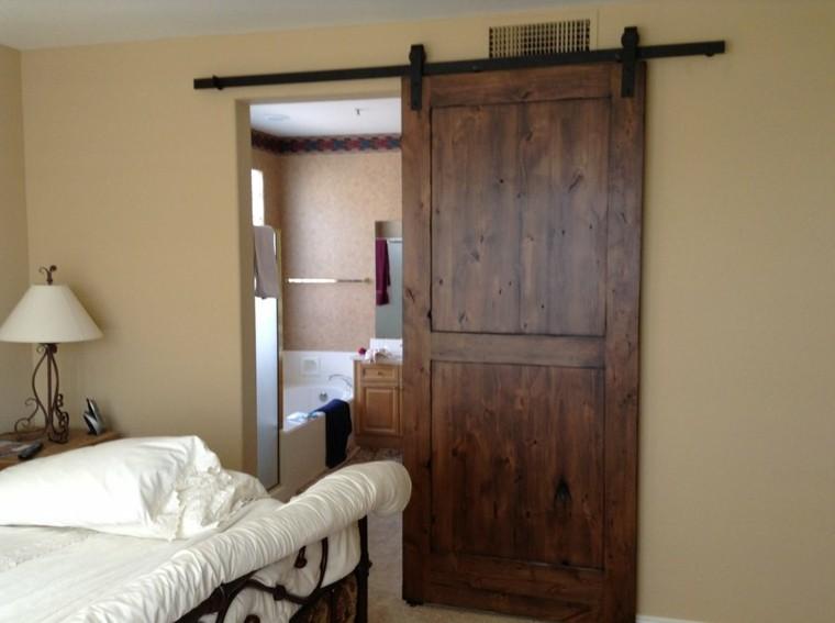 dormitorio baño puerta corredera madera