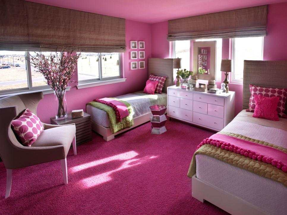 dormitorio chicas color purpura camas paredes alfombra ideas