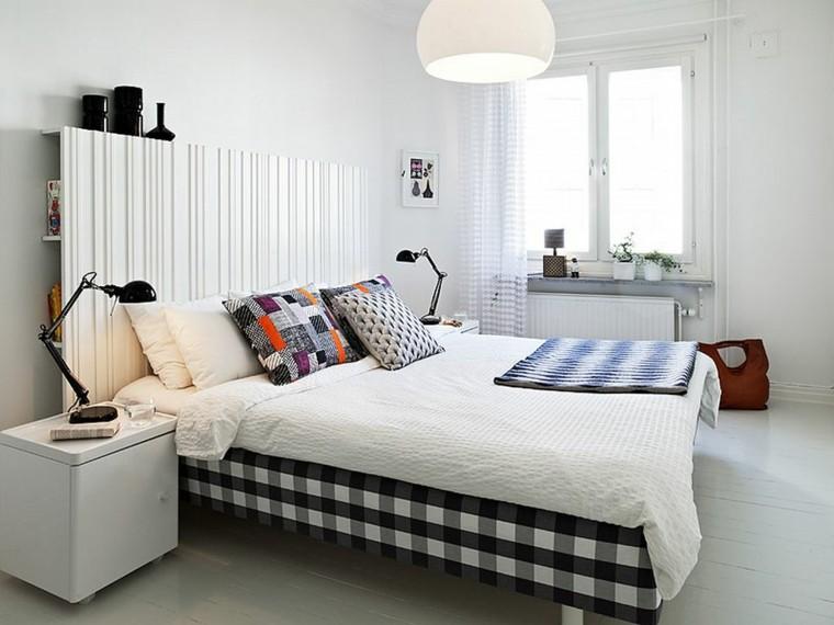 dormitorio diseno escandinavo cojines colores vibrantes moderno