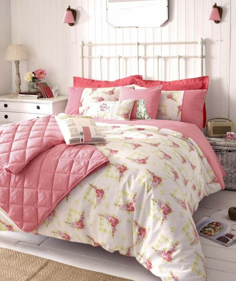 dormitorio shabby chic ropa cama pared madera ideas
