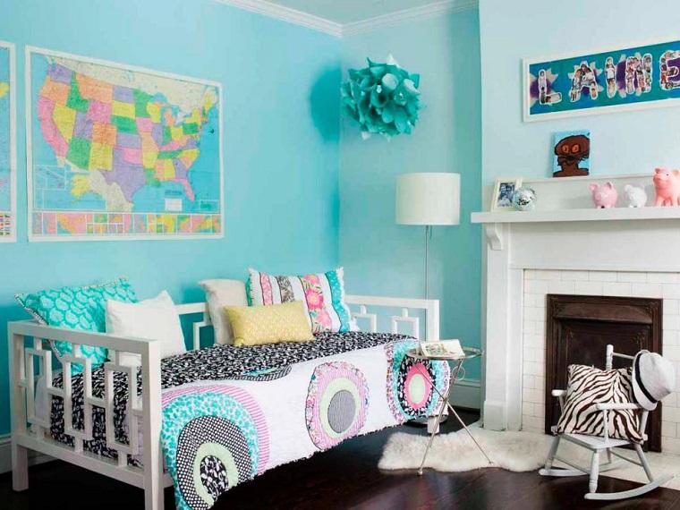 dormitorios jovenes pared azul sofa blanca chimenea ideas
