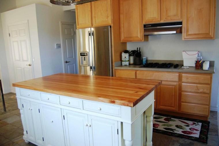 Blanco y madera cincuenta ideas para decorar tu cocina - Encimeras de madera maciza ...