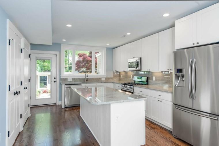 encimeras de cocina blanco azul pequena moderna