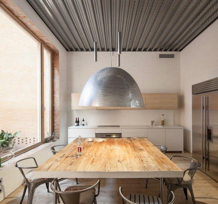 enorme lampara colgante mesa madera