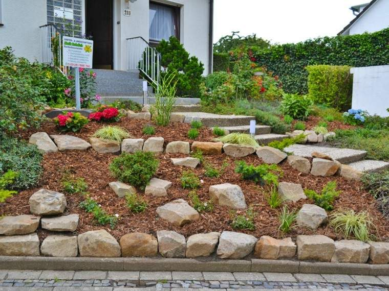 Muros en el jard n 75 ideas que te encantar n for Tipos de cesped natural para jardin