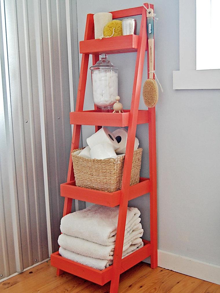Baños Con Azulejos Rojos:Baño diseñado por la diseñadora de interiores Dorothy Willetts