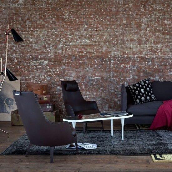 estilo retro pared baldosas azul oscuro muebles alfombra ideas