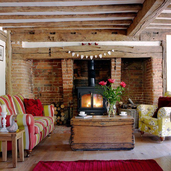 estilo rustico pared baldosas techo madera sofa colores ideas
