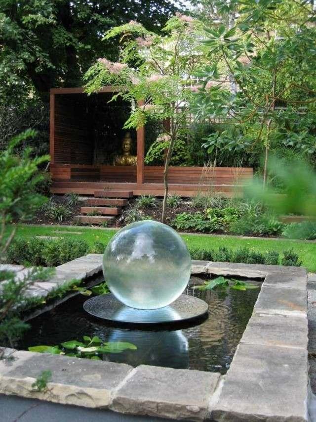 fuente jardin bola cristal centro