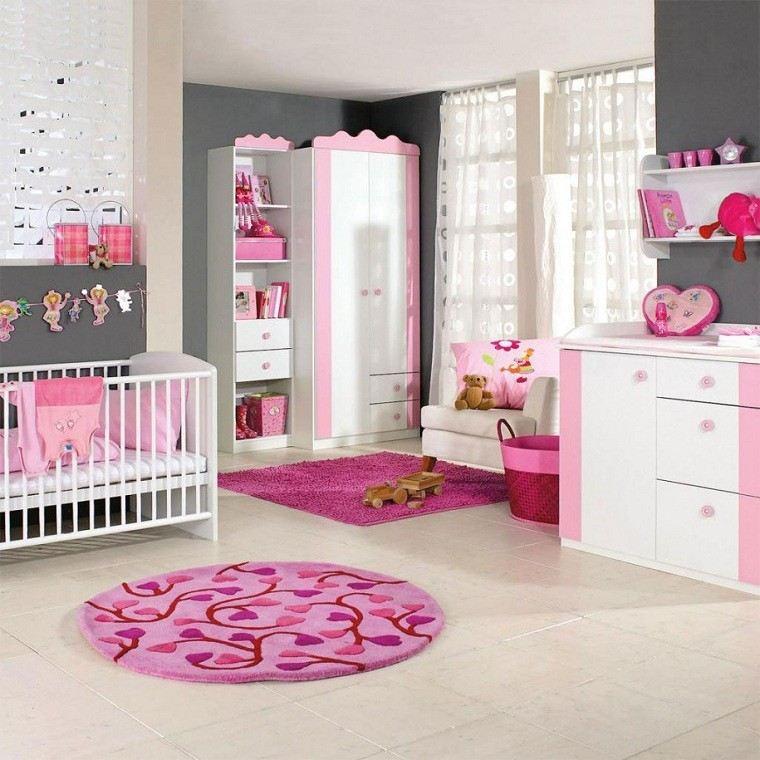 habitacion bebe rosa alfombra circular