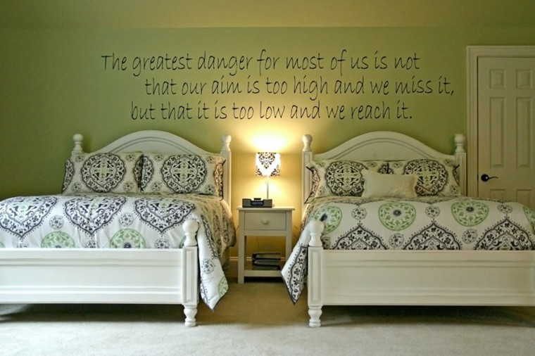 habitacion doble color verde
