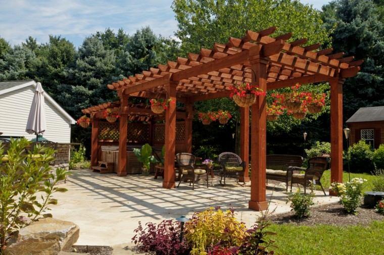 hermosa pergola madera roja jardin