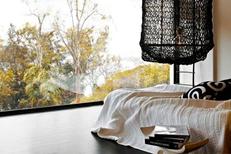 ideas decoración dormitorio cama ventanal mesa noche moderno