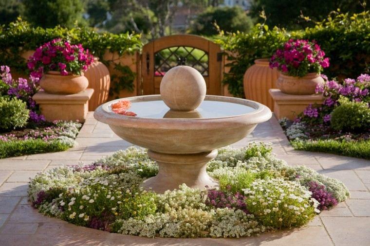 ideas platos agua hormigon jardin rodeados flores bonitas
