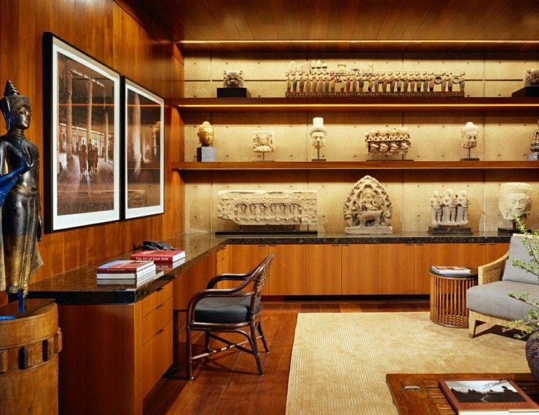 interior paredes revestidas madera despacho