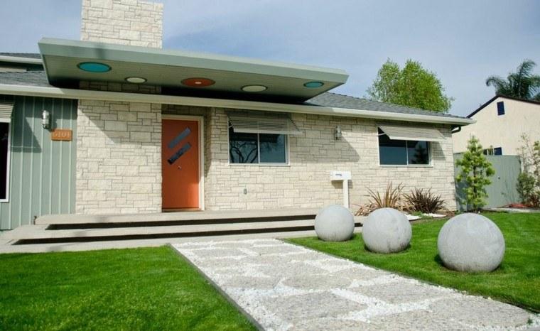 jardin delantero bolas piedra decorativas ceped ideas