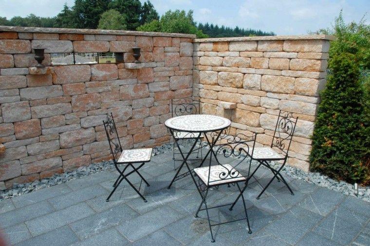 jardin espacio comidas mesa sillas acero muro ideas