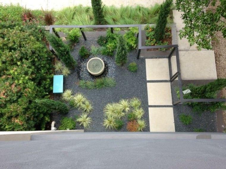 jardin guijarros banco fuente relax camino losas ideas
