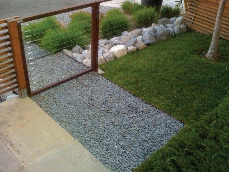 jardin guijarros entrada casa cesped piedras ideas