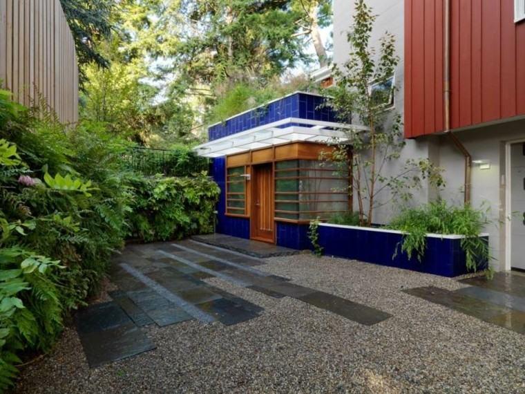 jardin guijarros piedras grandeas entrada casa ideas