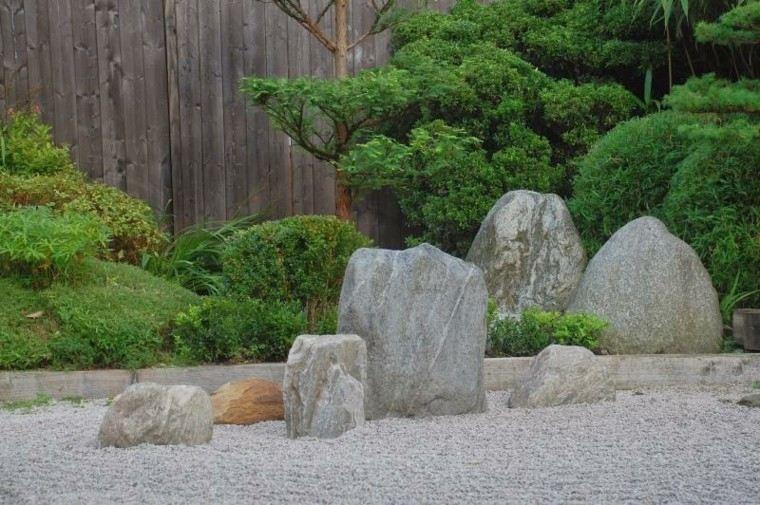 jardin guijarros zen piedras grandes decorativas ideas