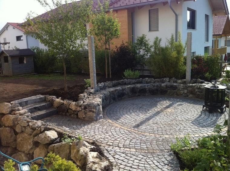 jardin muros pequenos pavimento piedras grandes ideas