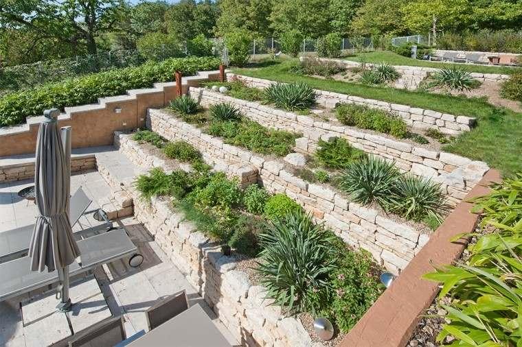 jardin niveles grande precioso tumbonas ideas estilo