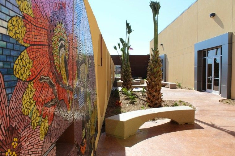 jardin patio mural arte colores