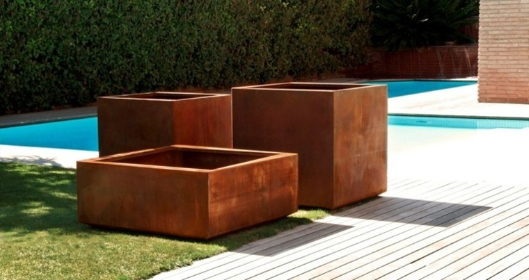 jardin suelo madera piscina macetas decorativas ideas