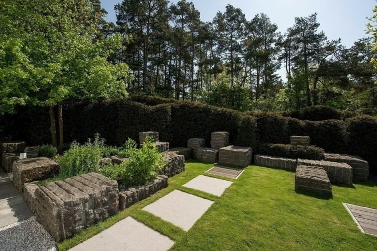 jardin varios muros piedras grandes interesantes ideas